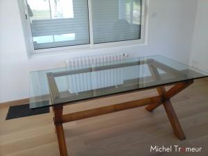 Table à manger en verre